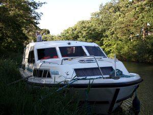 L'houseboat è una piccola casa galleggiante con cui è possibile girovagare per l'Olanda.