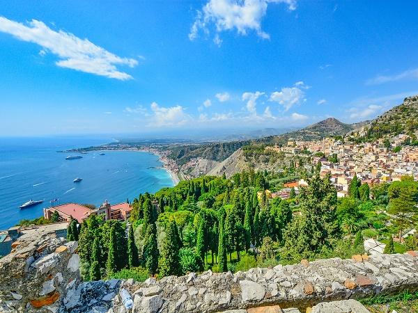 Quali sono le località meno note della Sicilia che meritano sicuramente di essere visitate?