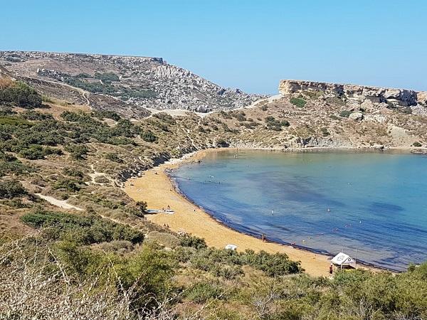 """Claudia e Adriana sono state a Malta lo scorso novembre, """"questioni lavorative"""" avevano detto, poi chissà come erano spuntate foto in costume da bagno…"""