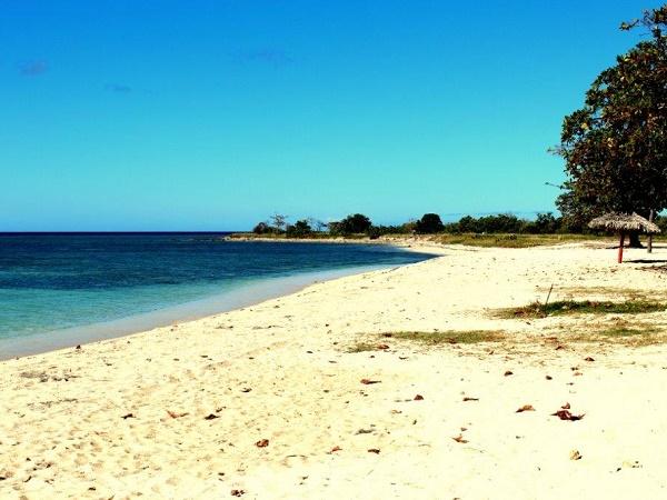 Cuba, la spiaggia di Ancon sulla penisola omonima nei pressi di Trinidad