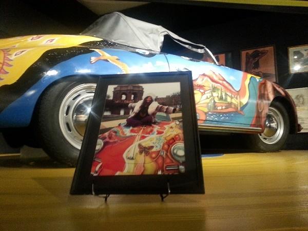 Il Museum of the Gulf Coast ha un stanza dedicata a Janis Joplin con dischi, suoi quadri, fotografie e la copia della Porsche che lei dipinse.