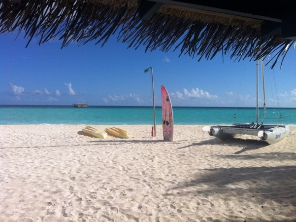 Maldive, il paradiso terrestre con spiaggia bianca e oceano azzurrissimo, ma cosa si mangia alle Maldive?