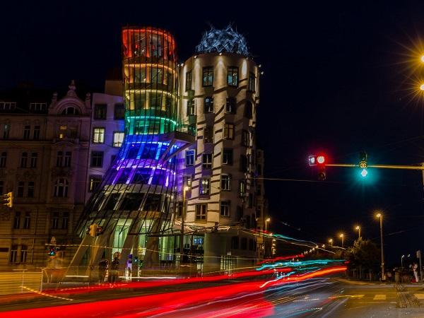 Il Praga Signal Festival è piuttosto recente: nato nel 2014, dura 3-4 giorni (12-15 ottobre).