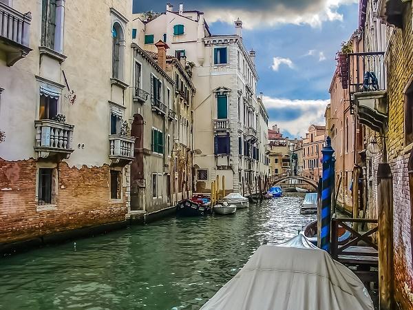 Il modo migliore per visitare Venezia è bighellonare senza meta