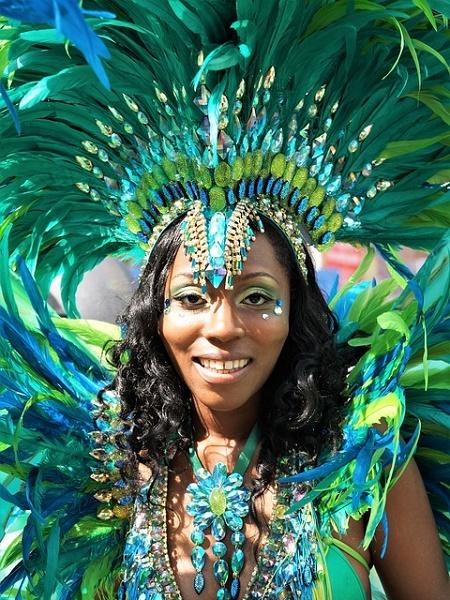 Notting Hill a fine agosto è sede di uno dei carnevali caraibici più grandi del mondo, secondo solo a quello di Rio.