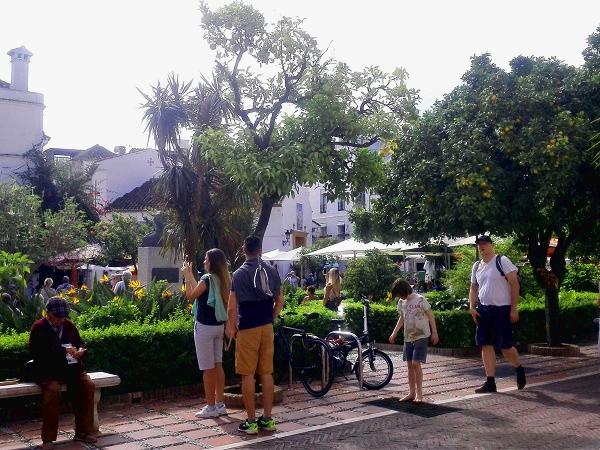 La Plaza de los Naranjos a Marbella.