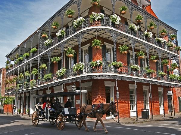 Nata sotto il dominio francese, ceduta agli spagnoli e poi tornata alla Francia, New Orleans conserva in parte un sapore europeo.