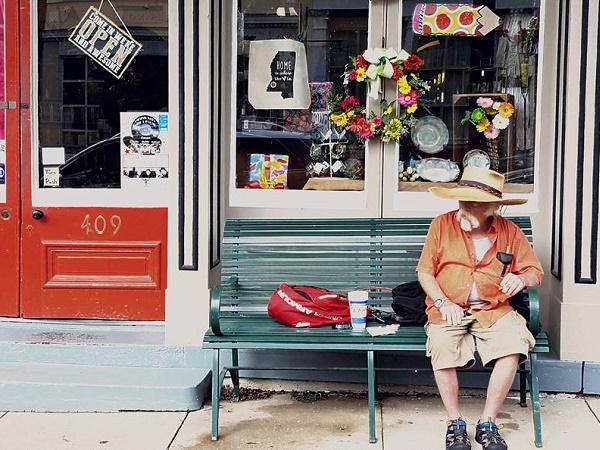 In qualsiasi periodo dell'anno New Orleans offre un'infinità di occasioni per allontanarsi dalla realtà.