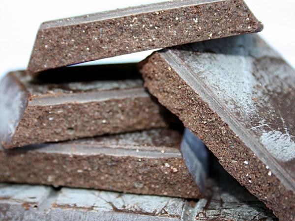 A Modica è presente un'importante produzione di pasta fresca fatta in casa e una cucina legata ai prodotti della terra, come legumi e verdure. Il profumo e il gusto predominanti restano però quelli del cioccolato.