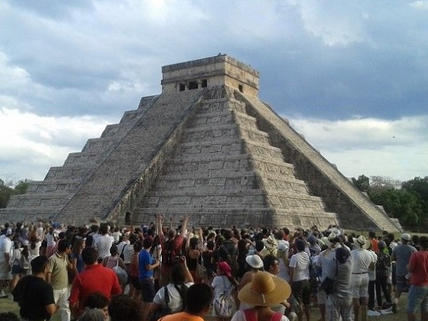 La prima partenza è prevista per il 16 ottobre e sarà l'occasione per ritrovare dentro di noi il tema della Sicurezza: si farà esperienza dell'energia armonica dei siti e delle piramidi.