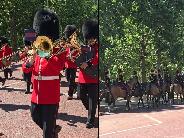 Con lo stesso biglietto del bus turistico puoi seguire un itinerario a piedi, accompagnato da una guida: da Trafalgar Square a Buckingham Palace con la possibilità di assistere al cambio della guardia a cavallo.