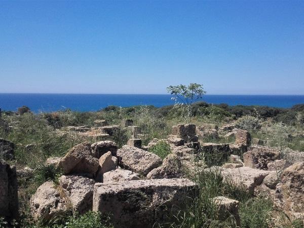 Hanno accantonato musei e chiese a favore dell'andare: 7 giorni on the road fra Trapani e Agrigento per fare le presentazioni con la Sicilia.