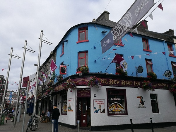 Ho rinominato Galway la News Orleans d'Europa per la capacità dei suoi artisti di riuscire a coinvolgere davvero chiunque.