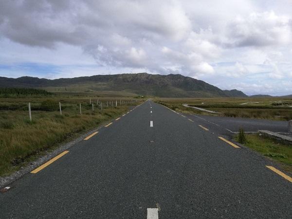 Il mio viaggio in Irlanda lo rivedo chiudendo gli occhi, ma del tragitto da Nord sulla Causeway Coast fino a Limerick, lungo la Wild Atlantic, si susseguono immagini in ordine sparso.