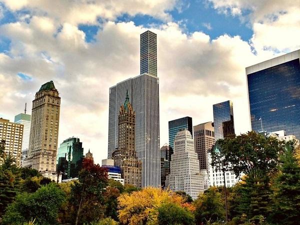 Arrivate a Central Park in una mattinata soleggiata di inizio primavera, in lontananza i chiassosi rumori del centro, avevamo trovato l'oasi nel cuore di Manhattan.