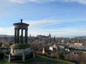 Edimburgo è una città incantevole, a misura d'uomo e piacevolissima da girare a piedi.