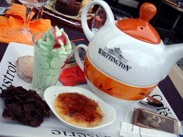 Se non vi piace il caffè o comunque non ne volete bere, potrete scegliere un thé gourmand.