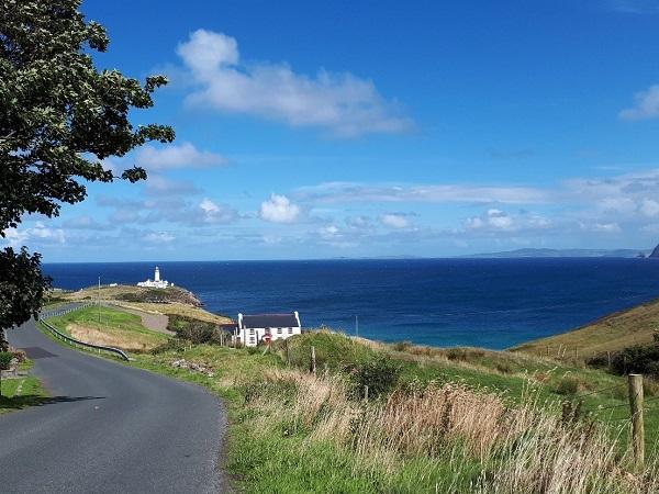 L'oceano è un compagno di viaggio che non puoi scegliere. Ha accompagnato me e Giulia da quando siamo partite a nord sulla Causeway Coast fino a Limerick, versante occidentale d'Irlanda, seguendo la Wild Atlantic.