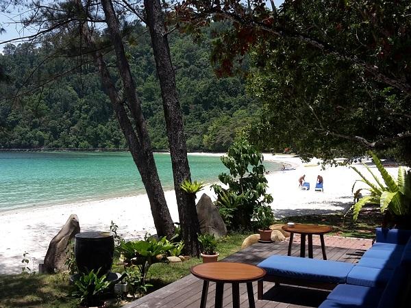 Il viaggio in Borneo si deve concludere infatti con cinque giorni di pace dei sensi all'interno di un parco marino, ospiti di un resort 5 stelle.