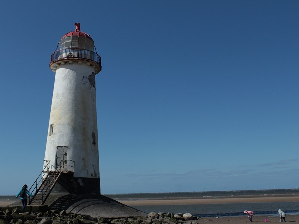 Il solitario e malinconico Point of Ayr Lighthouse, nei pressi di Talacre, fa da sfondo al mio saluto al mare.