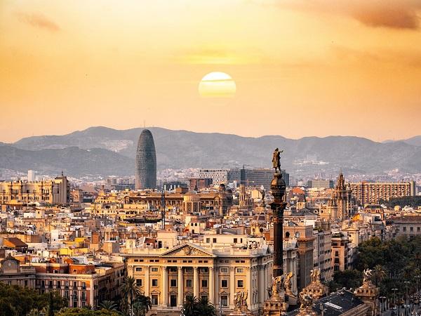 Il gruppo al completo dei consulenti di Racconti di Viaggio, invece, si sta preparando per B-Travel, la fiera che si terrà a Barcellona dal 27 al 29 marzo. Un weekend nella città di Gaudì per la convention annuale del nostro network.