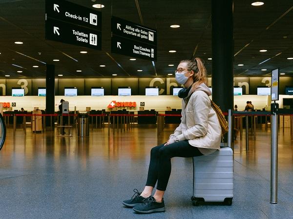 Affermare che è sicuro viaggiare in questo preciso momento, principio di autunno 2020, senza aggiungere dettagli significa essere irresponsabili e irrispettosi.