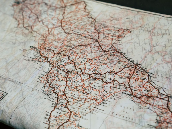 Quanto complicato vuoi che sia organizzarsi un viaggio in Italia? Con tutte le possibilità che offre il web, poi!