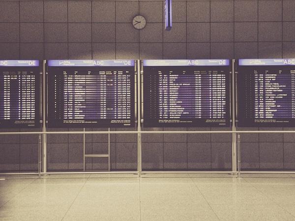 Facciamo i pragmatici e pensiamo al tempo che si risparmia facendo organizzare il viaggio a un professionista, continuando a smaltire le proprie liste di cose da fare, ma, soprattutto, all'ottimizzazione dei tempi di viaggio.