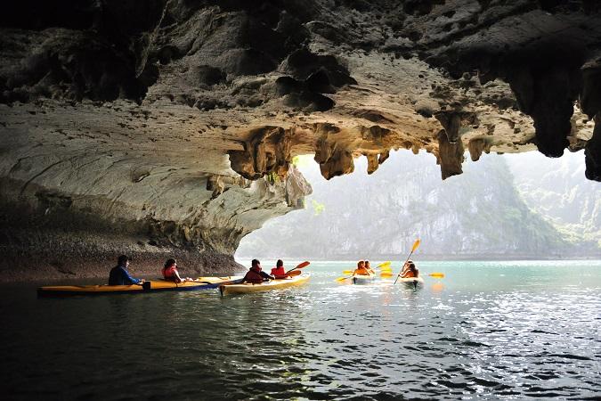 Prima di partire per un viaggio in kayak è buona cosa fare una prova e prepararsi, meglio se partecipando a dei corsi che rilascino la certificazione Pagaia Azzurra.