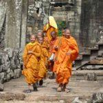 Monaci presso il tempio Angkor Wat