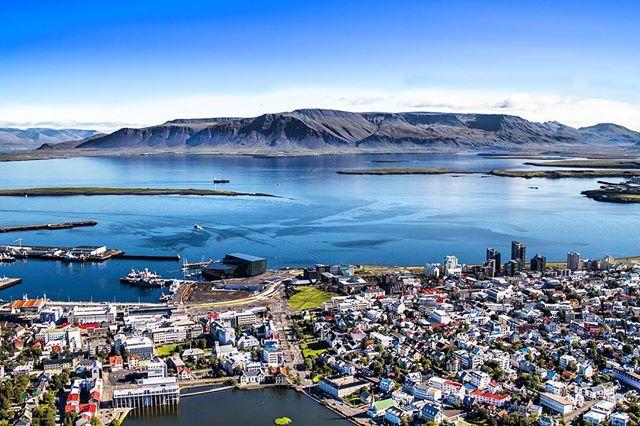 Ponti e festivit lista racconti di viaggio for Casette di legno in islanda reykjavik