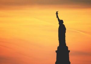 New York: Statua Della Libertà .jpg