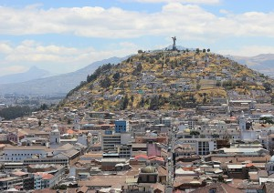 Isabela (barca) Santa Cruz (volo) Quito.jpg
