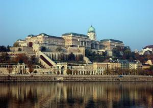 Budapest: L'ansa Del Danubio.jpg
