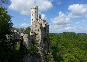 Tubinga - Lichtenstein Schloss - Tubinga (70 Km).jpg