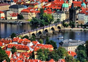 Praga (volo) Italia .jpg