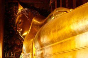 Statua del Buddha coricato al Wat Po