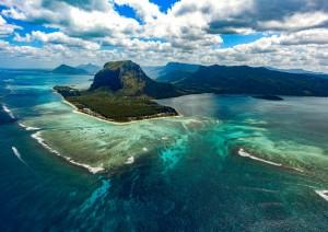 Mauritius (volo) Italia.jpg