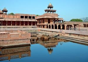 Agra - Fatehpur Sikri - Jaipur (245 Km).jpg