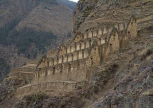 Cusco - Valle Sacra (treno) Aguas Calientes.jpg