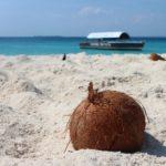 La bianca spiaggia di Zanzibar