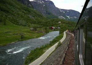 Oslo (treno) Myrdal (treno Turistico) Flåm (barca) Bergen.jpg
