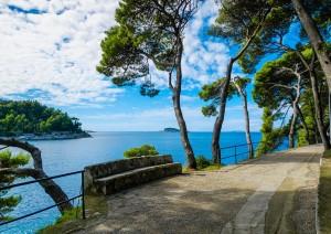Dubrovnik - Arboretum Trsteno - Spalato (230 Km / 3h 10min).jpg