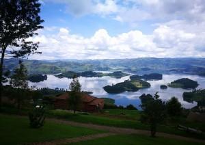 Lake Bunyonyi - Kigali.jpg