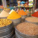 Spezie nel souk di Fez