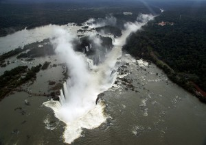 Ilha Grande (volo) Iguazú.jpg