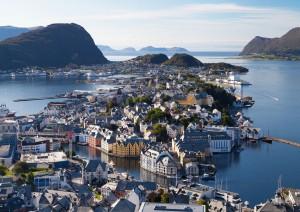 Bergen - Lavik - Stryn - ålesund (425 Km / 8h).jpg