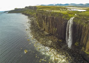 Isola Di Skye: Kyle Of Lochalsh - Portree - Old Man Of Storr - Kilt Rock - Quiraing - Fairy Glen - Skeabost (140 Km / 2h 35min).jpg