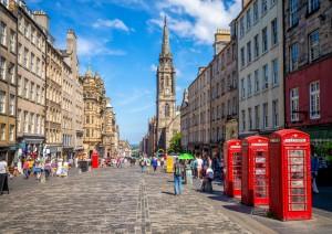 Edimburgo (volo) Italia.jpg