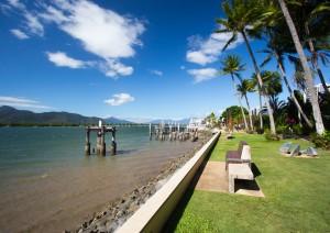 Magnetic Island (traghetto) Townsville - Cairns (350 Km / 4h 15min).jpg